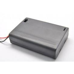 Batteribox 3 x aaa med låg og afbryder
