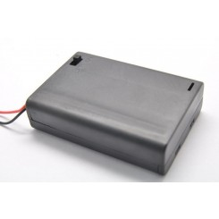 Batteribox 3 x aa med låg og afbryder